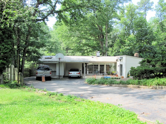 Richmond Mid Century House #9