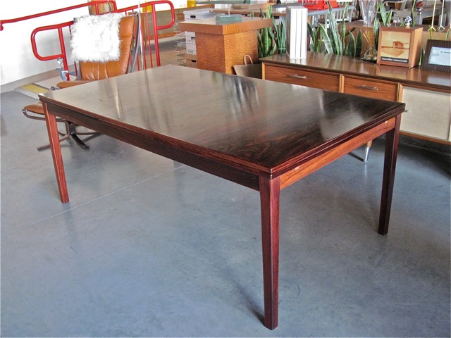 Niels Moller Rosewood Dining Table ...