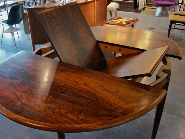 Niels Moller Rosewood Dining Table 15